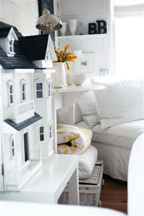 white doll house sweet black and white dollhouse dollhouse pinterest doll houses dollhouses and black and