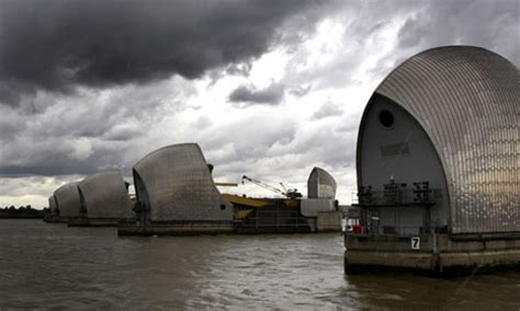 thames barrier and climate change europe adapts to climate change coastlinesproject