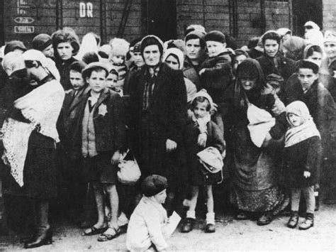 world war ii auschwitz a history from beginning to end books german jews summary facts anti semitism during world