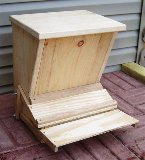 Build A Chicken Feeder plans to build automatic chicken feeder website of pumamere