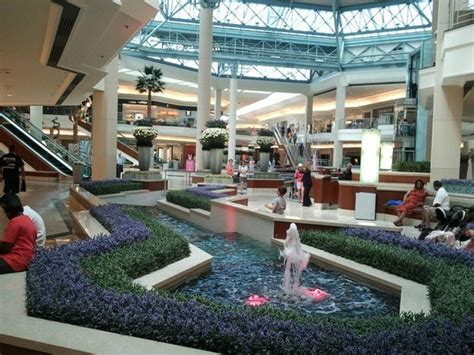 The Gardens Mall Stores by Design All And Clean