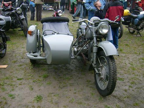 Motorrad Oldtimer Veranstaltungen by Alte Bmw Mit Beiwagen Beim Oldtimertreffen In Gr 252 Nhain