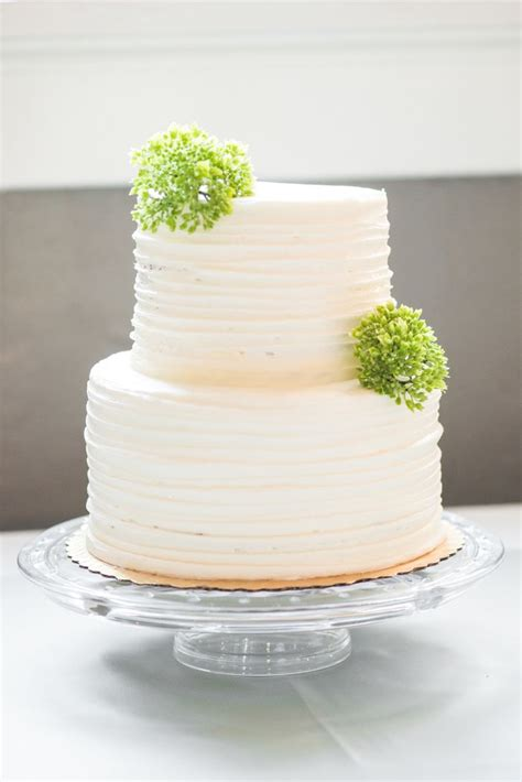 whole foods wedding cakes a laid back wedding at forsyth park in