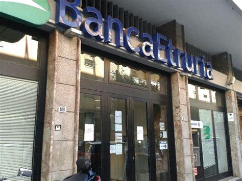 banc etruria commissariata banca etruria e titolo sospeso in borsa