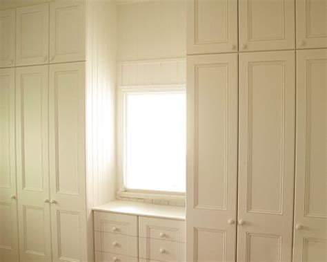 Wardrobes Brisbane by 25 Best Ideas About Built In Robes On Built