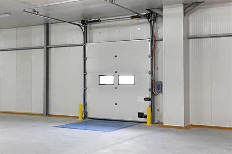 Garage Innen Verkleiden by Garagentor Verkleiden 187 Professionell Gemacht In 4 Schritten
