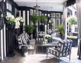 and stripes homes home decor trend alert black and white stripes