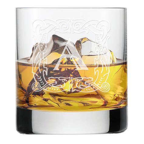 bicchieri per whisky bicchiere da whisky con iniziale incisa idee regalo