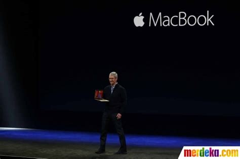 Macbook Air Hari Ini foto ini wujud macbook terbaru apple sangat tipis didesain tanpa kipas merdeka