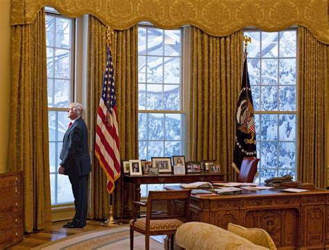trump redesign oval office most americans don t know about president obama s uniparty