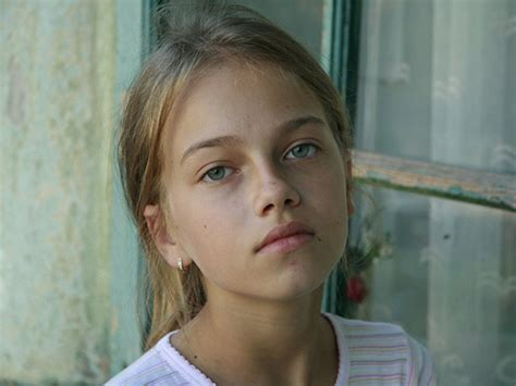 cute faces of girls cute girl portrait little hairstyles which are staggering