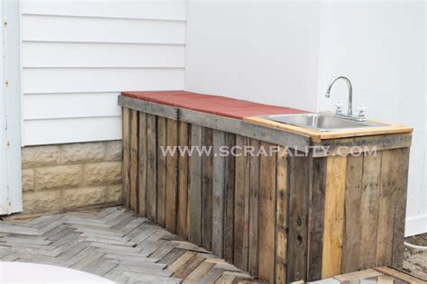 Deck Countertop by Pallet Countertop A Herringbone Pallet Deck Addition
