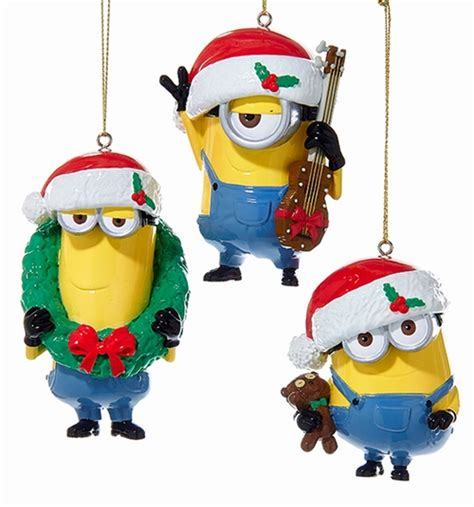 despicable me minions bearing gifts christmas holiday