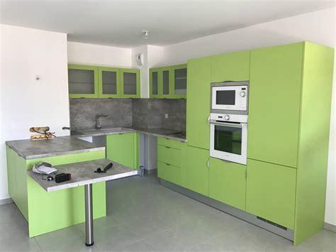 cuisine istres cuisine neuve en m 233 lamin 233 vert 224 istres cuisines et