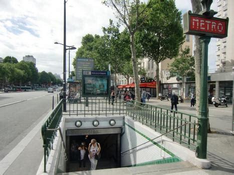 metro porte de la chapelle station de m 233 tro porte de la chapelle 19 232 me