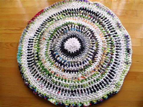 Diy Woven Rug by Rag Rug Braided Woven Diy Crochet Rag Rug By Redrosewholesaler