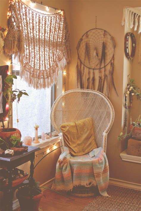 boho bedroom decor 1000 ideas about bohemian bedrooms on pinterest
