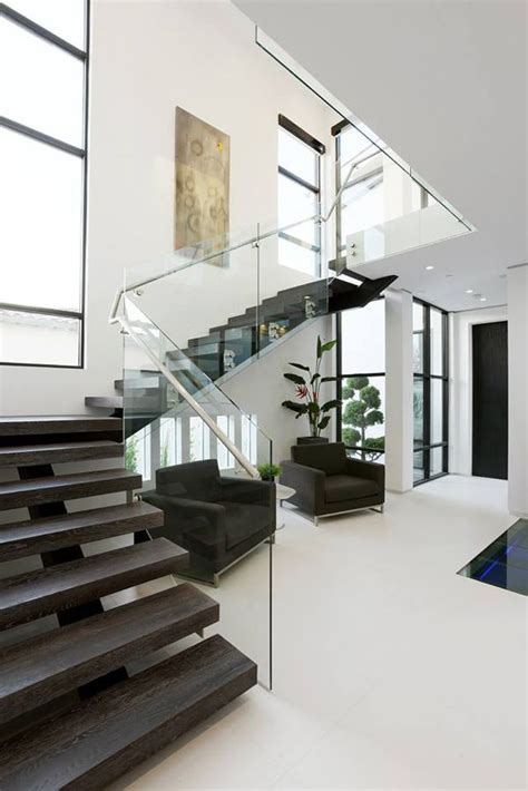 Modern Staircase Design Best 25 Modern Staircase Ideas On Pinterest Modern Stairs Design Floating Stairs And L