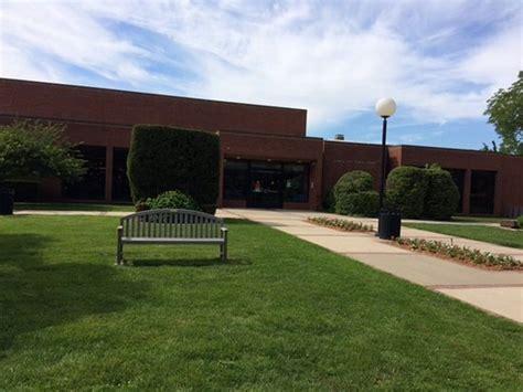 Garden City Library Garden City Library Front Entrance June 2017