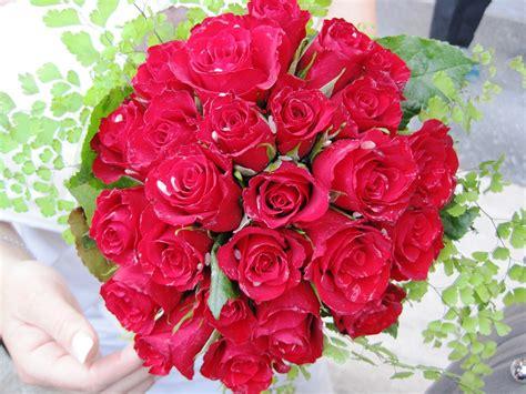 contoh gambar vas bunga  contoh