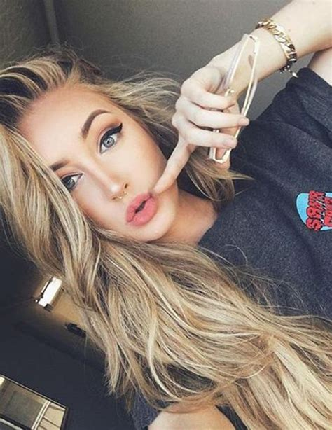 pictures of girl hairstyles with blond on top and dark bottom best 25 blondes ideas on pinterest blonde hairstyles