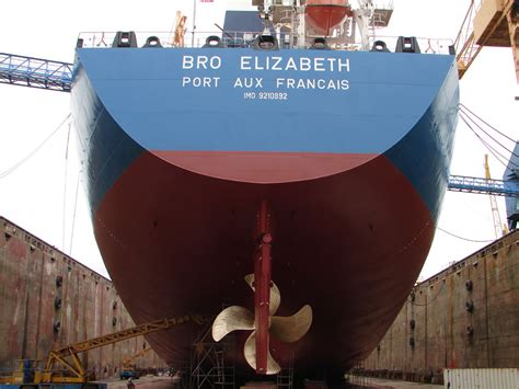 stern boat of a ship stern of a ship www imgkid the image kid has it