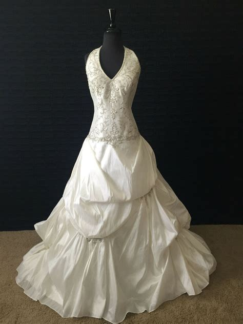 alfred angelo wedding dress diamond white size