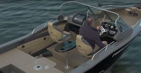 what causes cavitation on boats propeller cavitation and ventilation explained boats