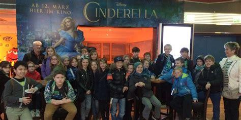 film cinderella im kino quot cinderella quot nur f 252 r uns im kino le prom otto nagel