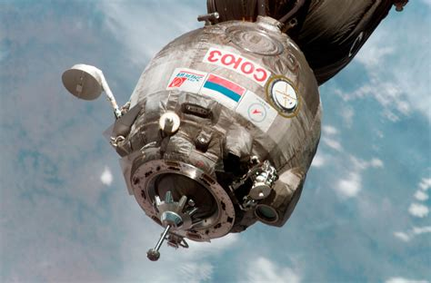 Wallpaper Dinding Abu Cosmo 808 1 roscosmos esa space soyuz as seen from iss 3006x1979 wallpaper 3006x1979 329326 wallpaperup