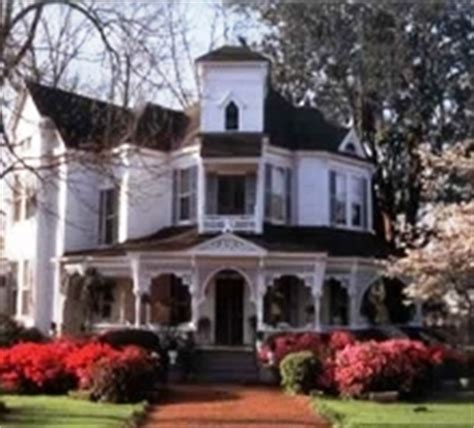 best towns in georgia best places to retire in affordable small towns georgia