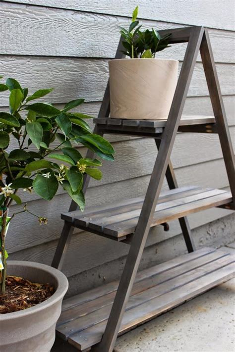 How To Make A Plant Holder - 25 best ideas about plant stands on indoor