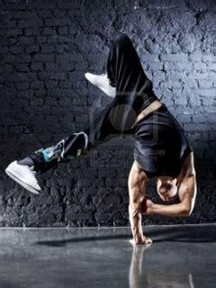 nokia 5130 hip hop themes download dance mobile wallpaper mobile toones