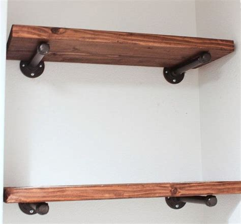 Shelf Support Ideas by 25 Best Ideas About Floating Shelf Hardware On Floating Shelves Diy Bathroom