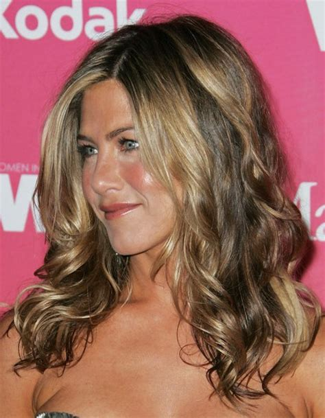 hairstyles for long hair jennifer aniston jennifer aniston long wavy hairstyles popular haircuts