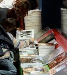 tetto di spesa libri di testo stabilito un tetto ai libri di testo dai 900 ai 1500 per