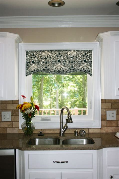 Curtain Valances For Kitchens Kitchen Window Cornice Ideas Kitchen Window Valances Patterns Cool Kitchen Window Valance