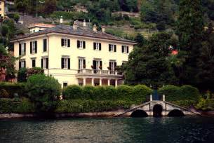 george clooney houses travel to italy news george clooney and lake como made