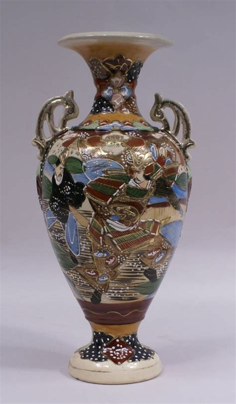 large japanese large japanese satsuma vase w samurai warrior lot 176