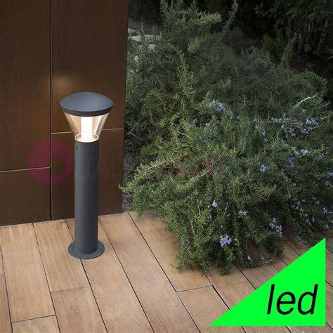 paletti illuminazione giardino shelby paletto lioncino a led ip65 illuminazione