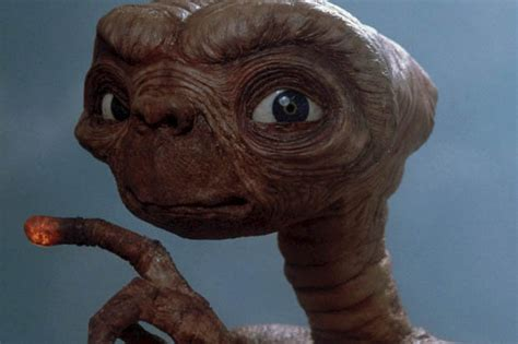 stephen hawking warns scientist not to contant aliens
