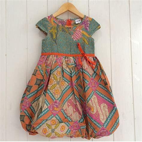 Dress Gempita Baju Anak Perempuan 19 model baju batik anak perempuan modern dan terbaru
