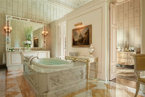 four seasons hotel bathrooms 10 hotel bathrooms around the world that are bigger than