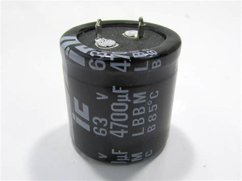 4700uf capacitor new illinois capacitor 478lbb063m2dd snap in capacitor 4700uf 63v 20 premier equipment