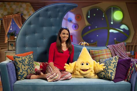 the goodnight show on sprout my bedtime lifesaver