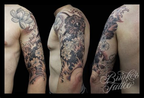 black and white half sleeve tattoos for men 16 floral tattoos on sleeve for