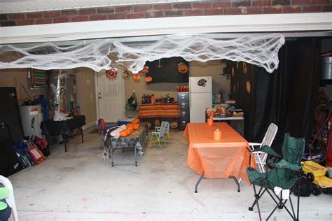 halloween garage themes garage party ideas home design inside
