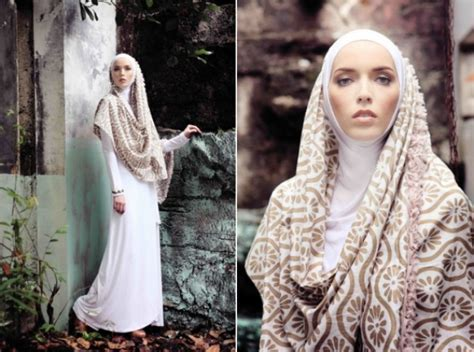 Batik Zahra Dress 1000 images about muslims on muslim eid collection and kaftan