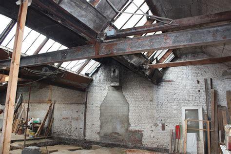 acheter une grange comment trouver un loft un hangar un atelier