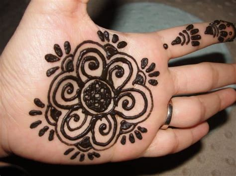 design henna kaki simple 40 simple and easy henna mehndi designs for beginners